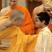 Le jour du retour de Bouddha du paradis