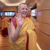 Voyager dans le monde entier pour le dharma kadam
