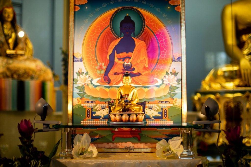 4-Bouddha de la médecine_Jour Tharpa 1-38-FestFrançais2019