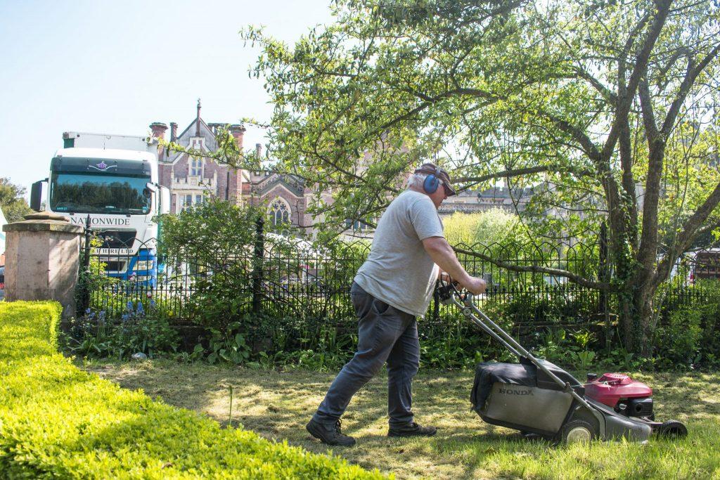 volunteer gardening Manjushri