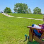 mulheres lendo gramado19
