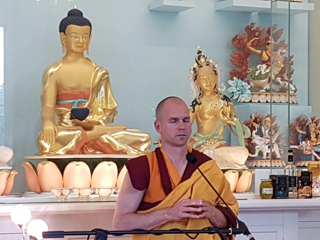 Gen-Rigpa praying Shrine