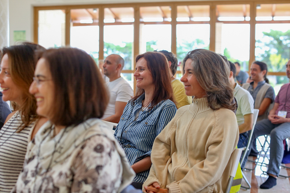 audience smiling Portugal