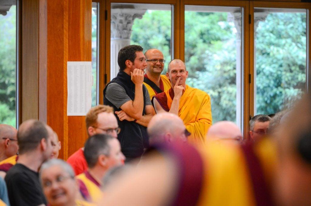 sab 29-Sangha-conversando-Manjushri