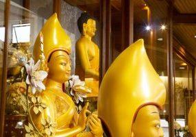 Statues_temple_festival